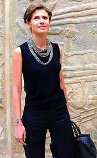Асма Асад в Лувре