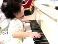 Мир ошеломлён игрой слепой корейской девочки