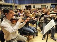 Онлайн-оркестр впервые вышел на большую сцену