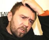 """Петербургская полиция прекратила концерт Шнура из-за  """"спящих бабушек """"."""