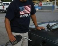В Америке цены на бензин достигли минимального значения за последние 6 лет
