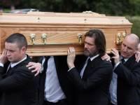 В Ирландии похоронили бывшую подругу Джима Керри