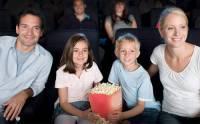 Кинотеатры предложено наказывать рублем за детей на «взрослых» сеансах