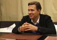 С Александра Белова взяли подписку о невыезде из-за побоев на теле Калуччи