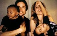 СМИ: Анджелина Джоли увозит своих детей из США
