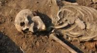 В Британии обнаружили скелет человека с камнем вместо языка