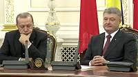 Эрдоган уснул во время пресс-конференции с Порошенко