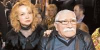 Молодая жена Джигарханяна тайно покинула Россию