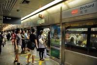 В метро Сингапура молния ударила в поезд