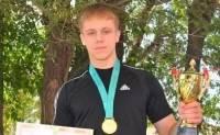 В Казахстане студенты колледжа зарезали чемпиона мира по пауэрлифтингу