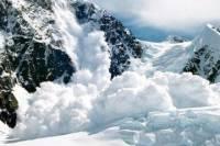 В Италии на группу лыжников сошла лавина, погиб один человек