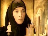 Сына актрисы Завьяловой признали виновным в убийстве матери и осудили на восемь лет колонии