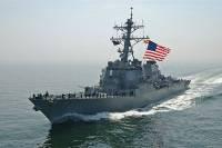 Эсминец ВМС США опасно сблизился с иранским военным кораблем
