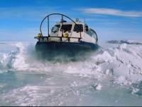 """На Камчатке разыскивают мужчин, пропавших при попытке """"обкатать"""" катер в Авачинском заливе"""