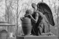 В Словении изобрели интерактивные надгробия