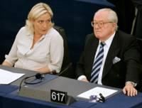 Отец Ле Пен назвал причины поражения дочери