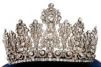 В ФРГ из музея похищена украшенная сотнями бриллиантов диадема ценой 1,2 млн евро