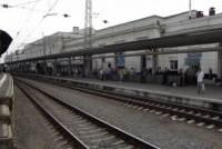 На Курском вокзале Москвы скоростной поезд врезался в электричку