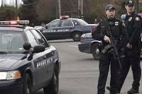 В США в перестрелке с преступниками убит полицейский, еще трое ранены