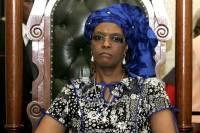 Обвиненная в нападении на модель первая леди Зимбабве смогла покинуть ЮАР