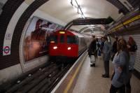 В Лондоне при взрыве в метро пострадали более 20 человек