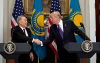 Назарбаев: Трамп предложил перенести переговоры по Донбассу в другой город
