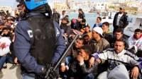 Орбан: Венгрия воспринимает беженцев как «захватчиков»