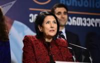 Большая часть грузин отдала голоса за женщину-президента