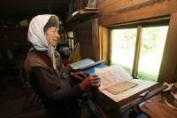 Глава Кемеровской области навестил отшельницу Агафью Лыкову