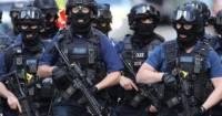 Британские спецназовцы освободили захваченное мигрантами судно