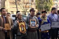 В Токио разгневанные монголы проводят массовые акции из-за карикатуры на Чингисхана