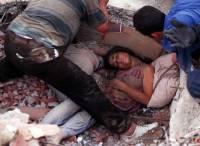 В Индии 9 человек погибли при обрушении отеля, десятки остаются под завалами