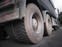 На Ставрополье двух человек убило колесом, отлетевшим на ходу у фуры