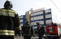 На востоке Москвы загорелся ТЦ: погиб один человек, пострадали 6 пожарных