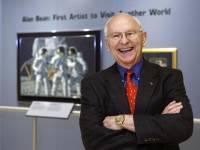 Скончался астронавт NASA Алан Бин, побывавший на Луне