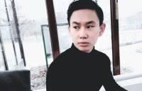 В Казахстане тысячи людей пришли проститься с погибшим Денисом Теном