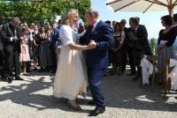 Президент РФ станцевал с главой МИД Австрии на ее свадьбе