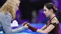 Тутберидзе советовала Медведевой уйти из спорта