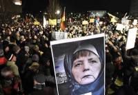 В Хемнице продолжаются акции протеста, задержаны сотни демонстрантов