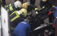 В метро Москвы под колесами поезда погиб 39-летний украинец