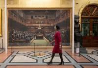 В Лондоне за рекордные $12 млн ушла с молотка картина Бэнкси