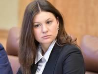 В Татарстане чиновница решила отказаться от подаренного ей Porsche