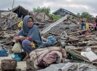 В Индонезии растет число жертв наводнений