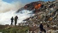 Под Владимиром пятые сутки тушат пожар на полигоне ТБО