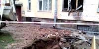 В Петербурге после прорыва уличной трубы струя кипятка попала в квартиру: погибла женщина