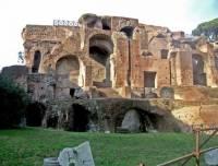 В Риме под дворцом Нерона обнаружили тайную комнату с фресками