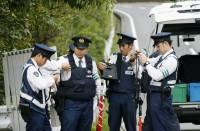 Японец с двумя ножами атаковал группу первоклассников