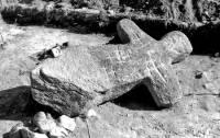 Под Вологдой в канаве нашли древнего каменного идола