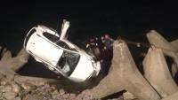 В Грузии машина сорвалась в пропасть, один человек погиб, еще один получил тяжелые травмы