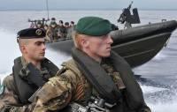 Британские корабли в Персидском заливе будет охранять морская пехота